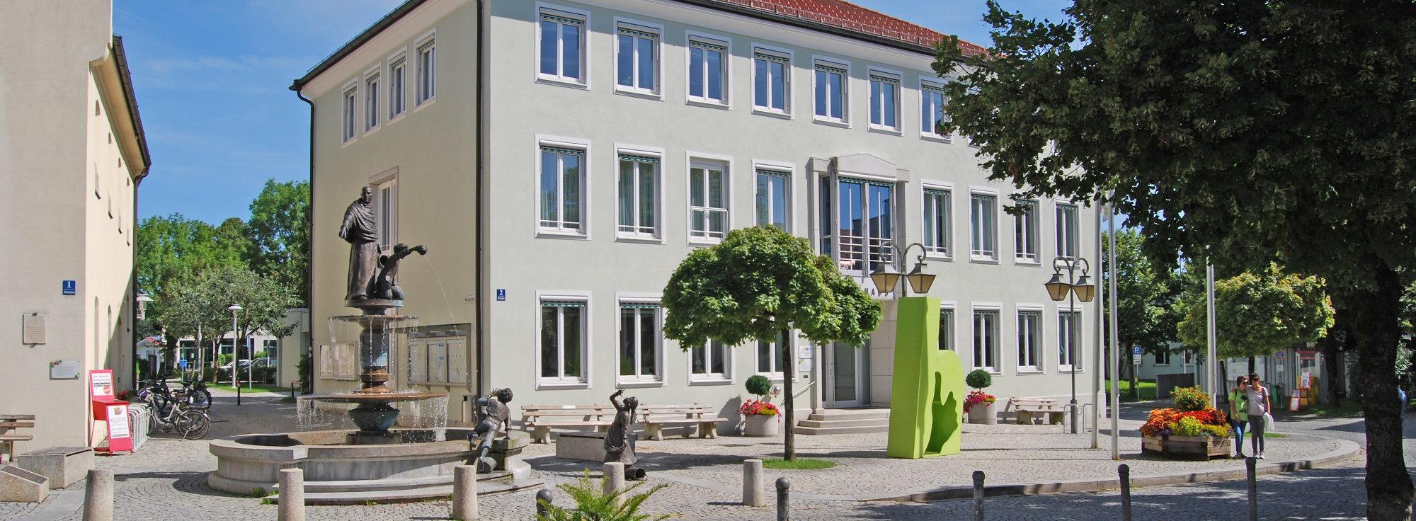 Restaurant, Cafe, Biergarten, ... Holzkirchen